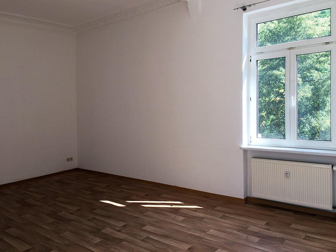 Wohnung - Zimmeransicht und Ausblick ins Grüne